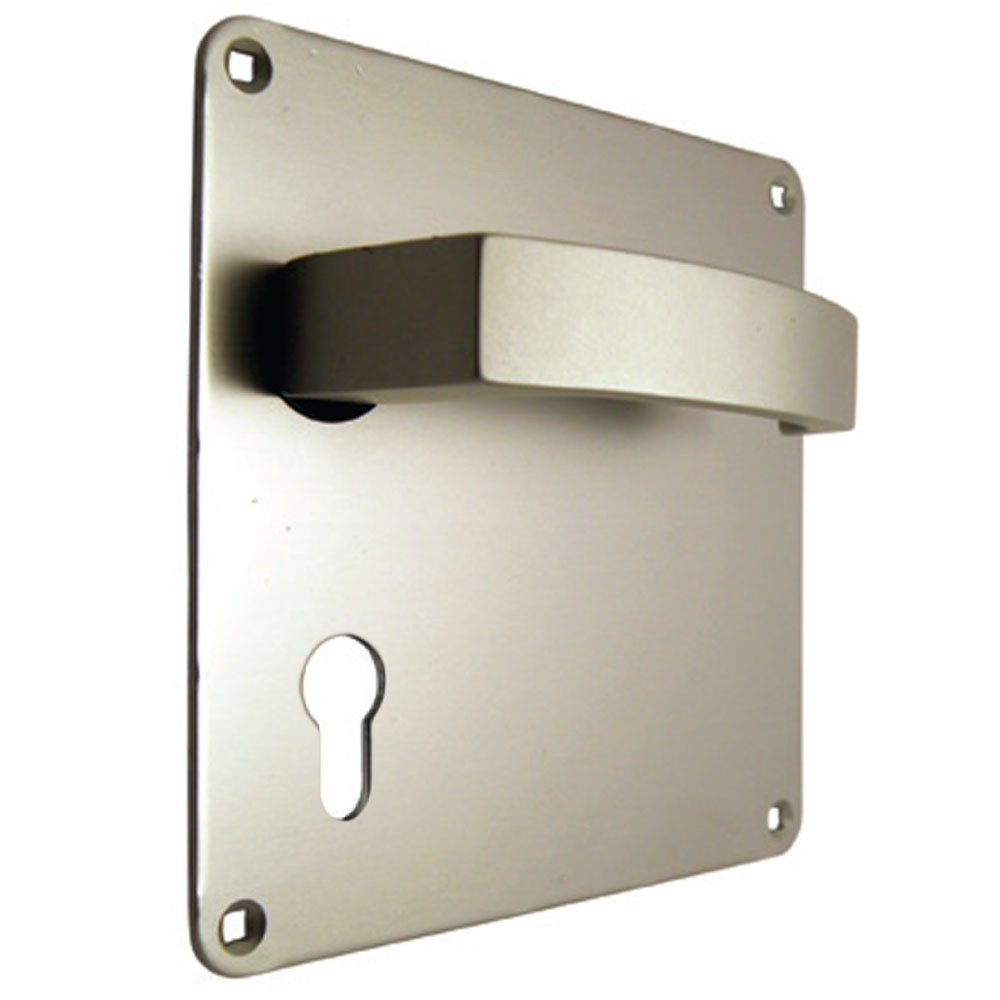 Union Sable Door Furniture On 152mm Plate Euro